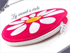 How to Insert a Zipper into a Full Circle | Sew4Home