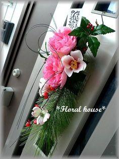 Floral houseオリジナル お正月飾りアーティフィシャルフラワー(造花)でお正月飾りを作りました。毎年恒例の人気作品です直径が約10cmもある大きな...|ハンドメイド、手作り、手仕事品の通販・販売・購入ならCreema。