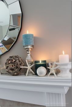 How to decorate a mantel for summer - get this lovely beachy coastal look!
