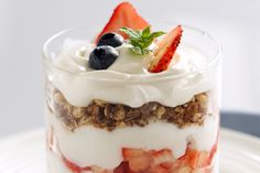 Hungry Girl's Mega Fruit 'N Yogurt Bowl: Hungry Girl is back to the rescue with a hearty and wholesome breakfast.