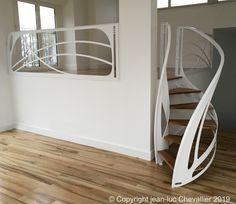 Echelle et mezzanine design, l'art du confinement Mezzanine Design, Design Art Nouveau, Escalier Design, Bunk Beds, Henri, Rue, Furniture, Scale, Home Decor