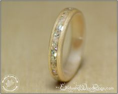 Wood Engagement Ring. Wood Ring made from von EnduringWoodRings