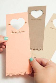Adorable idea for s'mores wedding favors - so unique! Free design too!