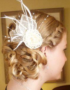 bridesmaid updo with braid and sidebun