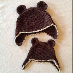 Papa Bear and Baby Bear crocheted hats Or even better. Big brother, little sister hats :)