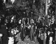 Procissão em honra de Santa Barbara em 1956 (Padroeira dos Mineiros) - Rio Maior | Portugal