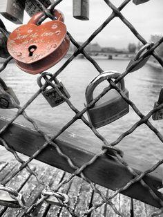 Paris ... La ville des amoureux <3 Bientôt on se retrouvera <3