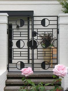 Driveway and privacy gates, wrought iron and innovative metal design | Iron Design Center NW - Gates and Doors.