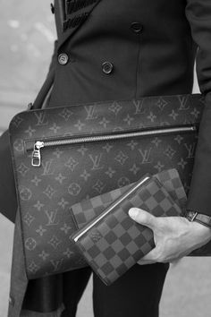 Classic is classis! Louis Vuitton #mensaccessories - fashion designer handbags, lady handbags designers, satchel handbags