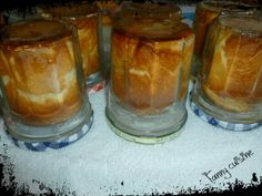 Briochettes à la confiture en bocaux au thermomix Dessert Pots, Dessert Thermomix, Cake In A Jar, Ron, Bakery, Food And Drink, Pudding, Canning, Breakfast
