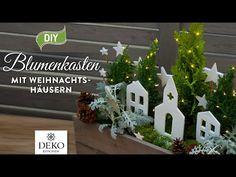 DIY: Weihnachtlicher Blumenkasten mit Häuschen aus Ton [How to] Deko Kitchen - YouTube Christmas Diy, Christmas Ornaments, Activities, Holiday Decor, Plants, Home Decor, Youtube, Party, Homemade Gifts