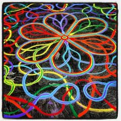 I think in losing my mind thus time         Ⓒ 1994-2013 Joe Mangrum  http://www.joemangrum.com  Paintings – Sand Paintings – Prints – Installations – Events – Commissions