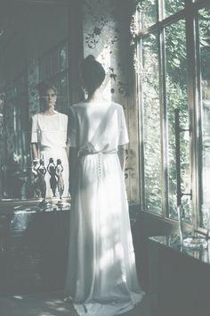 La nouvelle collection mariage de Donatelle Godart http://www.vogue.fr/mariage/adresses/diaporama/la-nouvelle-collection-mariage-de-donatelle-godart/23175#la-nouvelle-collection-mariage-de-donatelle-godart-5