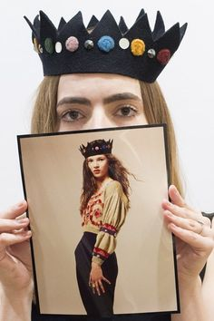 August 10 A felt crown created by top milliner Stephen Jones and worn by Kate Moss on her first photo shoot when she was 14 years old is pictured ahead of it being auctioned at Christie's next mont Stephen Jones, Queen Kate, Felt Crown, Pictures Of The Week, Girl Gang, Felt Ornaments, Hello Gorgeous, First Photo
