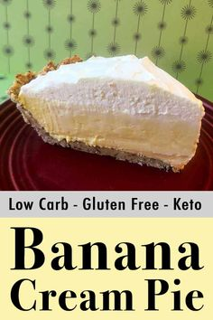 Low Carb Keto Banana Cream Pie - Resolution Eats This low carb banana cream pie is the perfect weapon if you ever find youself in a food fight. And each slice has just net carbs. It's the ultimate Keto dessert. Low Carb Banana Cream Pie, Banana Pie, Keto Foods, Diabetic Foods, Diabetic Recipes, Sin Gluten, Gluten Free, Low Carb Desserts, Low Carb Recipes