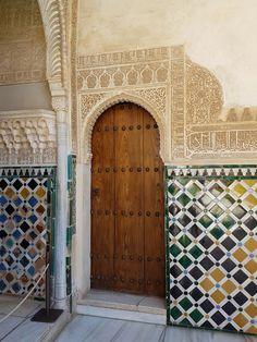 Porta do Palácio de Alhambra - Espanha - Granada