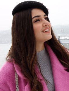 Wall Paper Fofos Femininos Panda 15 Ideas For 2019 Turkish Women Beautiful, Turkish Beauty, Beautiful Girl Image, Most Beautiful Women, Beauty Full Girl, Cute Beauty, Beautiful Celebrities, Beautiful Actresses, Hande Ercel