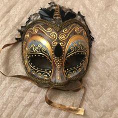 Venetian mask, owl mask, owl face, owl costume, handmade mask, owl bird, wall decoration, lady bird, by EthnicDrops on Etsy https://www.etsy.com/listing/571541187/venetian-mask-owl-mask-owl-face-owl