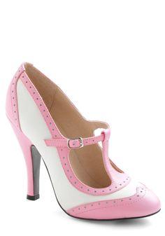 Specialty Sweets Heel in Bubblegum, #ModCloth