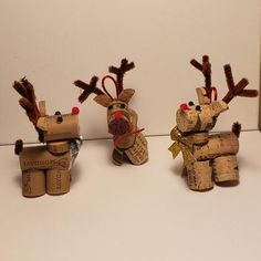 Recycled wine corks into adorable reindeer! Ready for a holiday tree to call their own! Reindeer Ornaments, Christmas Ornaments, Country Christmas Crafts, Recycled Wine Corks, Holiday Tree, Handmade Items, Handmade Gifts, Recycling, Place Card Holders