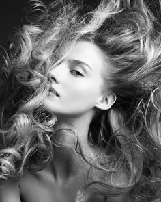 With Christmas party season approaching we've rounded up our pick of the best blow-dry bars for a quick hair fix - see the full list at http://ift.tt/1L66Pno. Huge thanks to the team at @blowltd for helping us prep for the #BazaarAwards last week. (Photograph by Victor Demarchelier for Harper's Bazaar) #BazaarBeauty by bazaaruk
