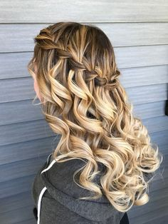 My prom hair was made by Rachelle Araujo - # prom hair . - My prom hair was made by Rachelle Araujo - Grad Hairstyles, Quince Hairstyles, Prom Hairstyles For Short Hair, Down Hairstyles, Easy Hairstyles, Wedding Hairstyles, Homecoming Hairstyles Down, Hairstyles For Dances, Hair For Homecoming