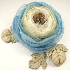Купить Утро Облачной Долины. Брошь-цветок из ткани и натуральной кожи - брошь, цветы, листья