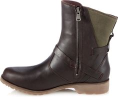 Teva De La Vina Low Boots - Women's Waterproof boot.- I need, yes!