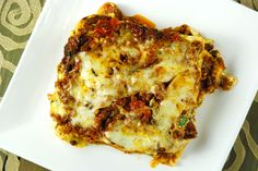 Making lasagna not as my mother did, but as I do: with venison instead of beef. But mom's lasagna recipe is still the best. Venison Recipes, Meat Recipes, Cooking Recipes, Healthy Recipes, Cooking Games, Venison Meals, Cooking Venison, Turkey Recipes, Kitchens