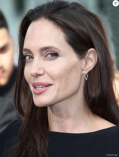 """Angelina Jolie - Célébrités à la première de Kung Fu Panda 3 au théâtre """"TCL Chinese"""" de Hollywood le 16 janvier 2016."""