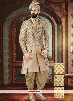 Indian Wedding Suits Men, Sherwani For Men Wedding, Mens Indian Wear, Wedding Outfits For Groom, Groom Wedding Dress, Sherwani Groom, Indian Men Fashion, Indian Wedding Outfits, Wedding Men