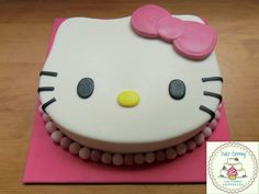 Hello Kitty cake https://www.facebook.com/Dulcecatering.mesasdulces?ref=hl