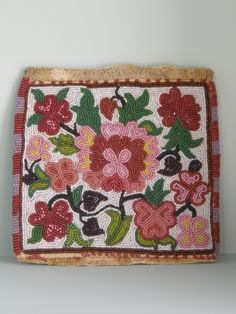 Lovely pocket / bag -Native American Beadwork -Anyone able to tell me more? Picture 1 out of Native American Moccasins, Native American Regalia, Native American Beadwork, Indian Beadwork, Native Beadwork, Bead Loom Patterns, Beading Patterns, Beaded Moccasins, Beads Pictures