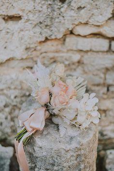 Pastel bouquet with light pink, blue and peach tones. Photo: @moonweddings Boho Wedding, Wedding Blog, Pastel Wedding Colors, Pastel Bouquet, Wedding Inspiration, Silver Rings, Romantic, Tulum, Elegant
