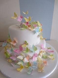 Butterflies Cake ... Would make a beautiful baby or bridal shower cake!