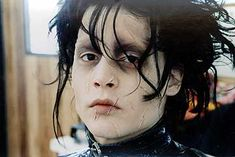 Image discovered by Saya. Find images and videos about johnny depp, edward and tim burton on We Heart It - the app to get lost in what you love. Eduardo Scissorhands, Johnny Depp Edward Scissorhands, Edward Scissorhands Tattoo, Ve Neill, Junger Johnny Depp, Dramas, Best Week Ever, Scissors Hand, Young Johnny Depp