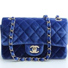 Chanel velvet mini bag Used in excellent condition ! CHANEL Bags Mini Bags