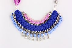 IPOROHU blue and lilac statement necklace decorated por Araracuara