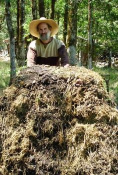 Organic Compost Gardeners Gold-and a ton of other home gardening tips, especially for growing food!