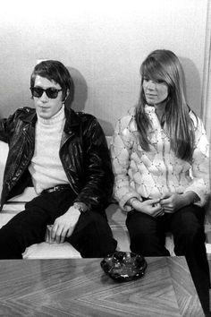Jacques Dutronc and Françoise Hardy  The coolest couple ever?