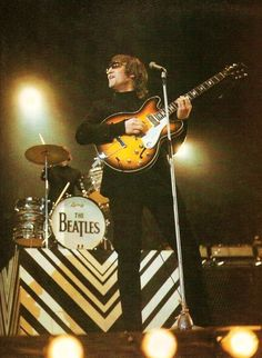 What About The Beatles? The Beatles Live, Les Beatles, Ringo Starr, George Harrison, Paul Mccartney, Learn Guitar Online, All My Loving, The Ed Sullivan Show, The White Album
