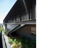 Semi-detached House in Sydney Australia by Chenchow Litte Architects.