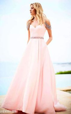 a4950f91e8c 42 Best Silver   Gold Prom images