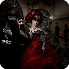 sisterwolf:    Natalie Shau    LOVE THAT DRESS!!