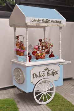 Znalezione obrazy dla zapytania Pick and Mix carts Candy Table, Candy Buffet, Dessert Table, Sweet Carts, Ice Cream Cart, Candy Cart, Tea Cart, Flower Cart, Snacks Für Party