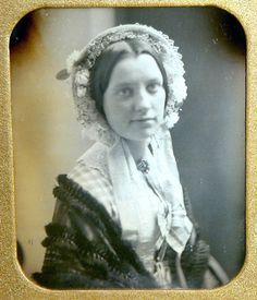 Beautifully detailed photograph of a lady, mid-nineteenth century