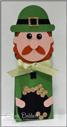 Leprechaun Favor, 3D, candy holder, punch art, Stampin' Up!, Connie Babbert, Envelope Punch Board, St. Patrick's Day, www.inkspiredtreasures.com