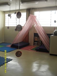 Playroom Ideas - Obtain motivated to refurnish your youngster's playroom with am Reading Corner Classroom, Classroom Setting, Classroom Setup, Classroom Displays, Infant Classroom, Gazebo Canopy, Home Daycare, Book Corners, Play Spaces
