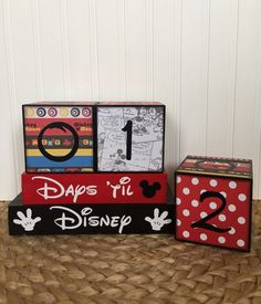 Disney vacation countdown blocks three cube set with reversible days 'til and weeks 'til block
