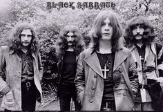 Black Sabbath - Ozzy Osbourne standing front and is magnificent live!